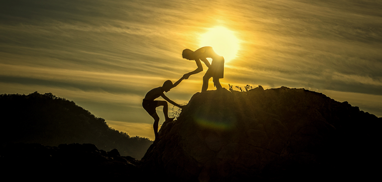 Strengthen the Advisor-Customer Relationship with Meaningful Non-Financial Touches